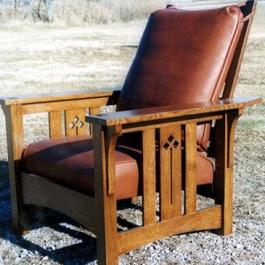 New Flat-arm Morris Chair with cut out design